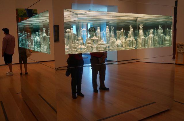 MFA contemp glass